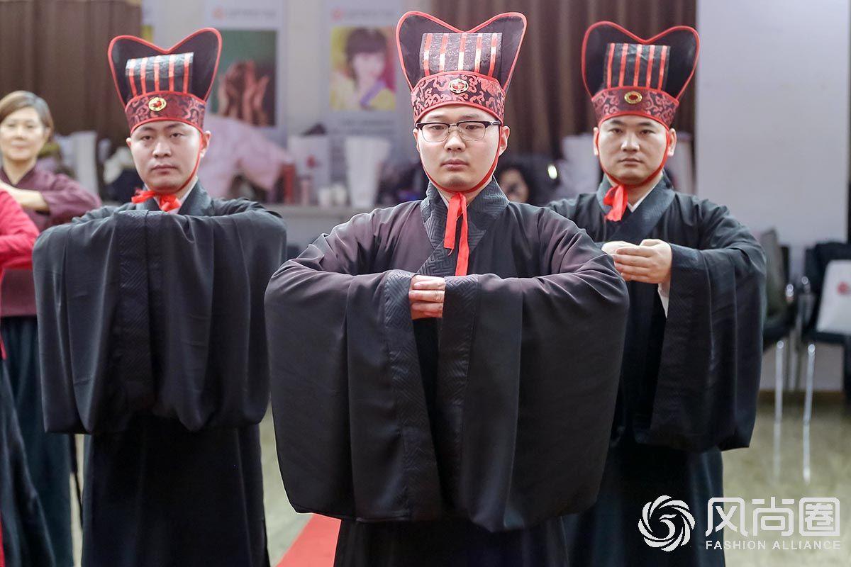 风尚圈实景呈现中华传统释菜礼